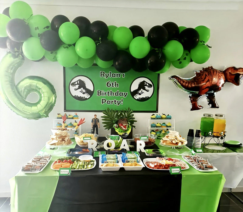 Jurassic World Birthday Party Cake Table