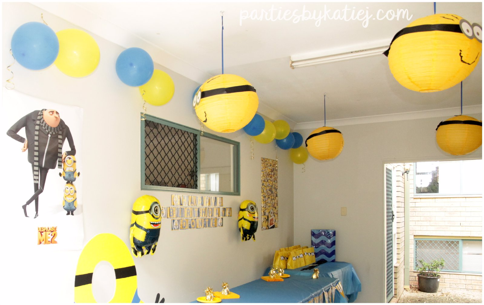 DIY Minions Party Decorations Lanters