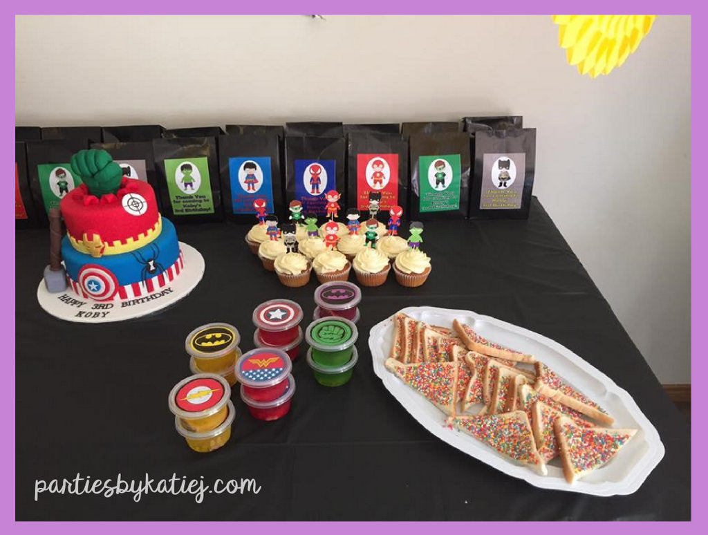Boys Superheroes Birthday Party Decorations Ideas Cake Table