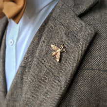 Load image into Gallery viewer, Bee Lapel Pin Badge
