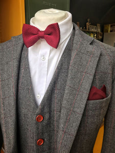 Berry Knitted Bow Tie