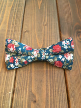 Load image into Gallery viewer, Forest Green Floral Bow Tie
