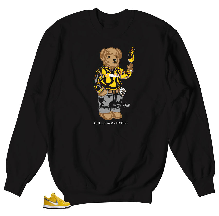 Diamond Dunk SB Canary Bear Cheers sweater