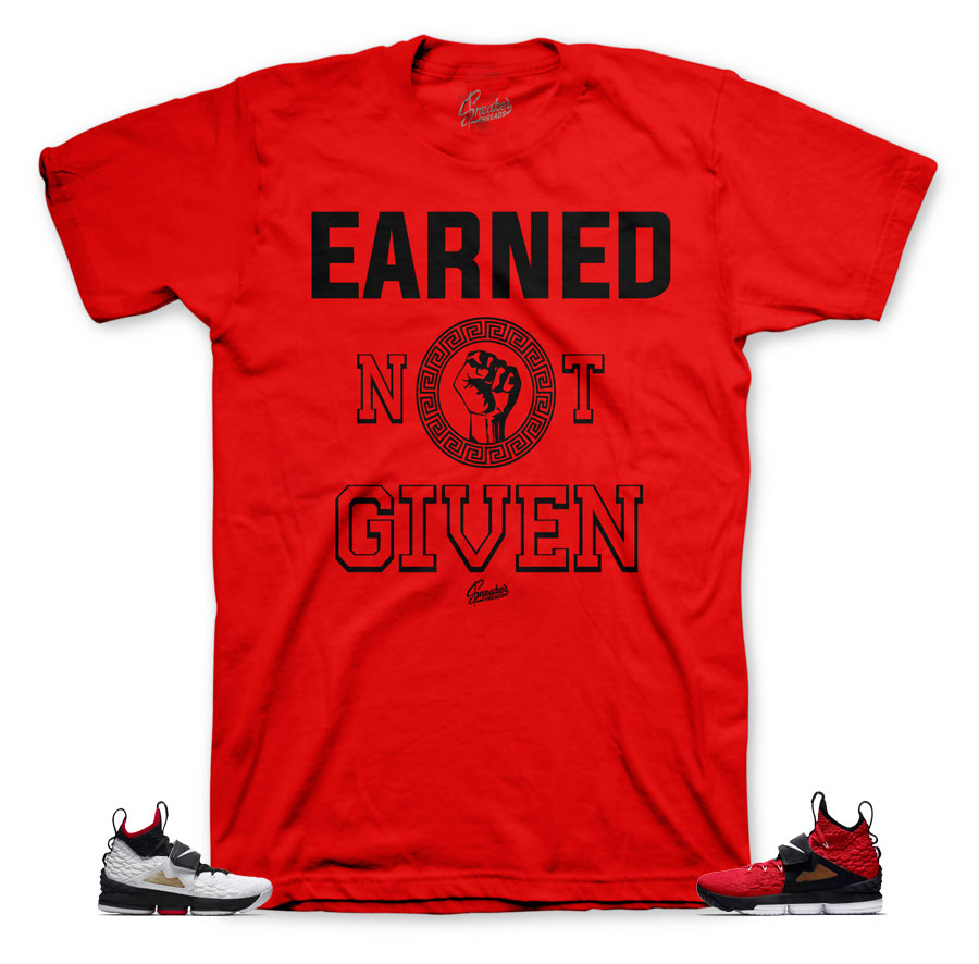 Red diamond turf lebron 15 sneaker tees match shoes.