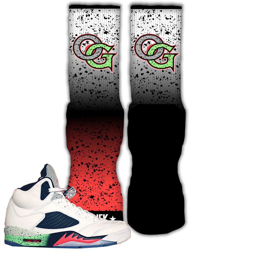 Jordan 5 space jam poison green sneaker match retro 5's socks.