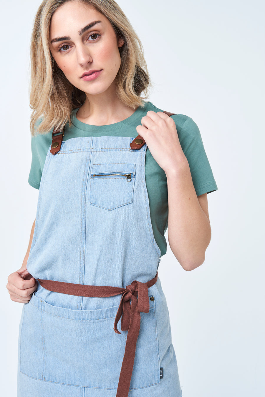 BERMUDA Apron with PU Leather Straps - Bleached Denim
