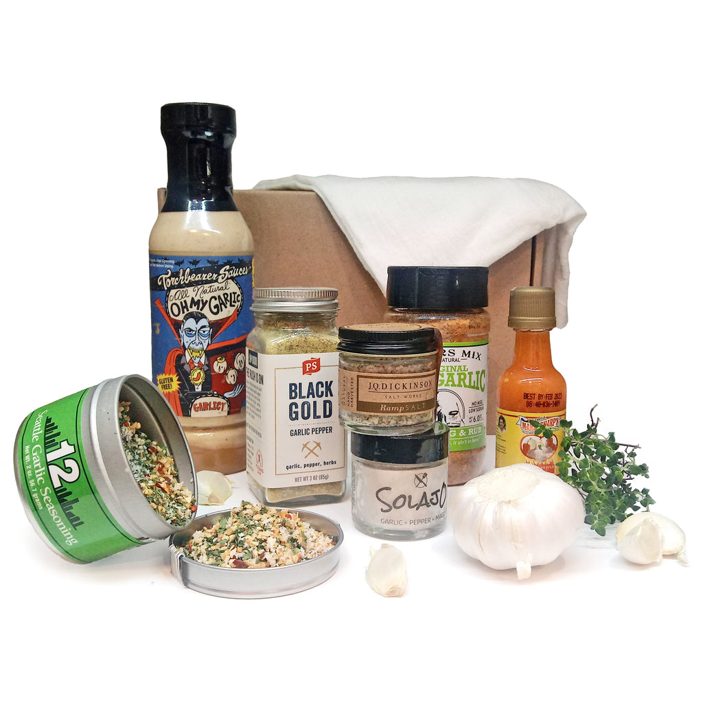 Culinarie Kit's Garlic Lover's Gift Box: garlicky ingredients on a white background