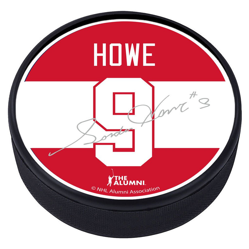 Detroit Red Wings ™ G. Howe Souvenir Player Puck with Replica Signature