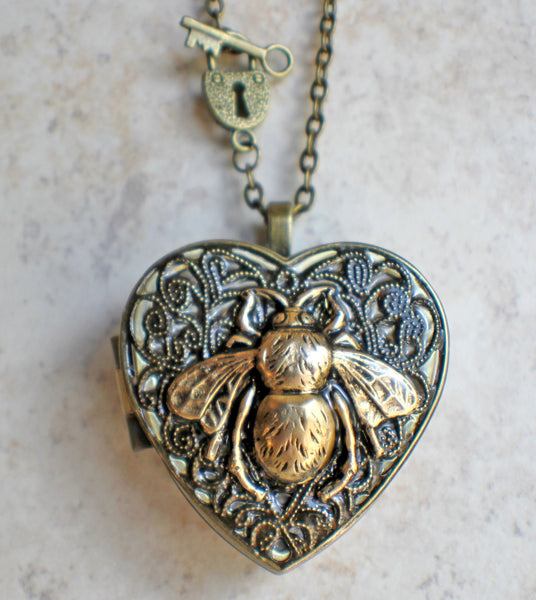 Bumble Bee Music Box Locket - Char's Favorite Things - 4
