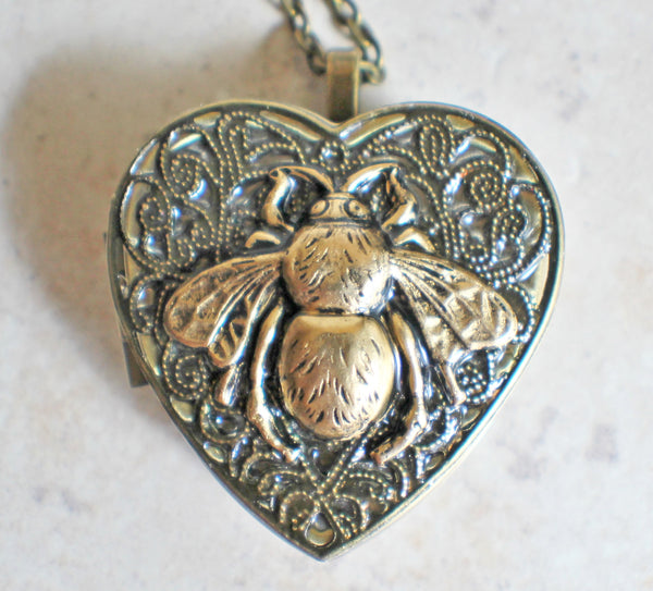Bumble Bee Music Box Locket - Char's Favorite Things - 3