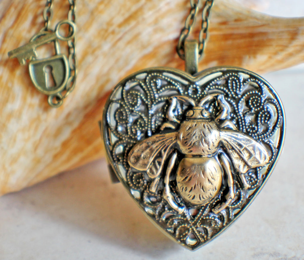 Bumble Bee Music Box Locket - Char's Favorite Things - 1