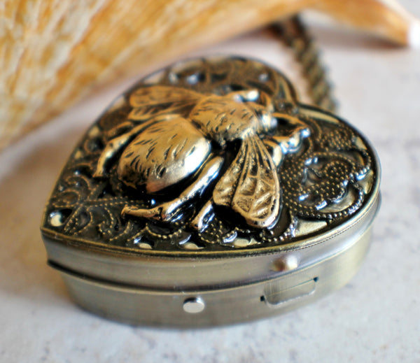 Bumble Bee Music Box Locket - Char's Favorite Things - 2