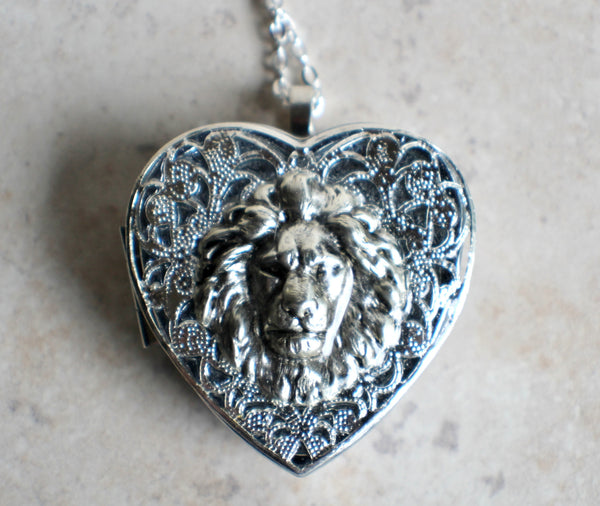 Silver Heart shaped lion music box locket. - Char's Favorite Things - 3