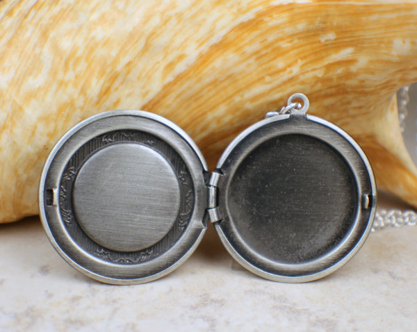Red Dragons Breath Photo Locket