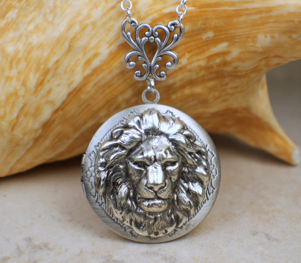 Silver Lion Photo Locket