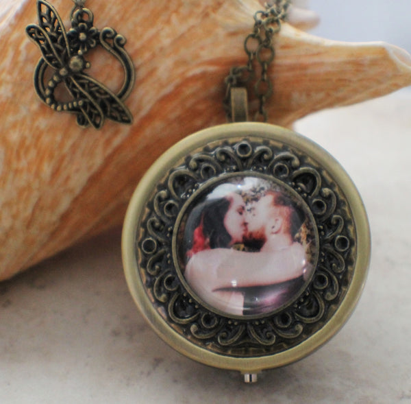 Personalized Round Music Box Locket