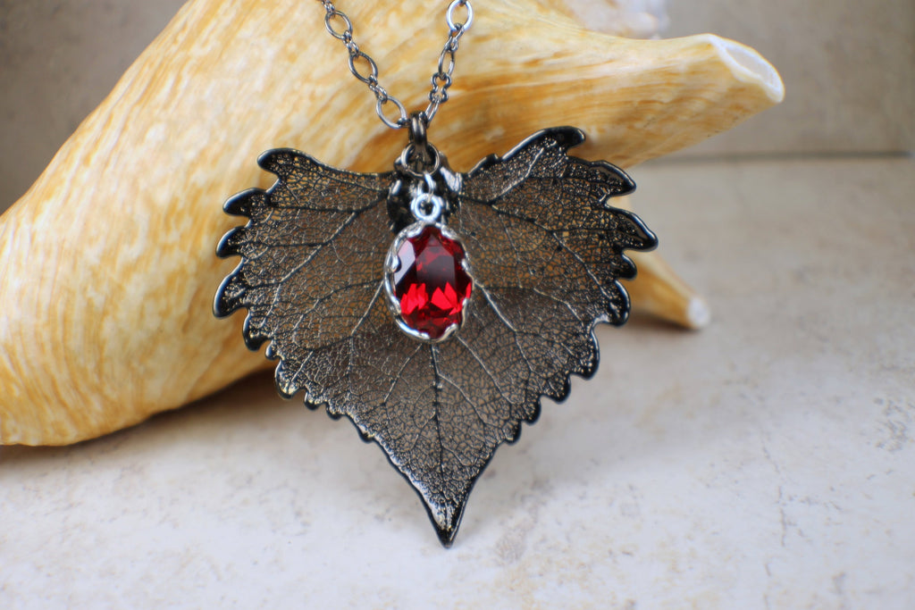 Real Cottonwood Leaf Pendant in Black