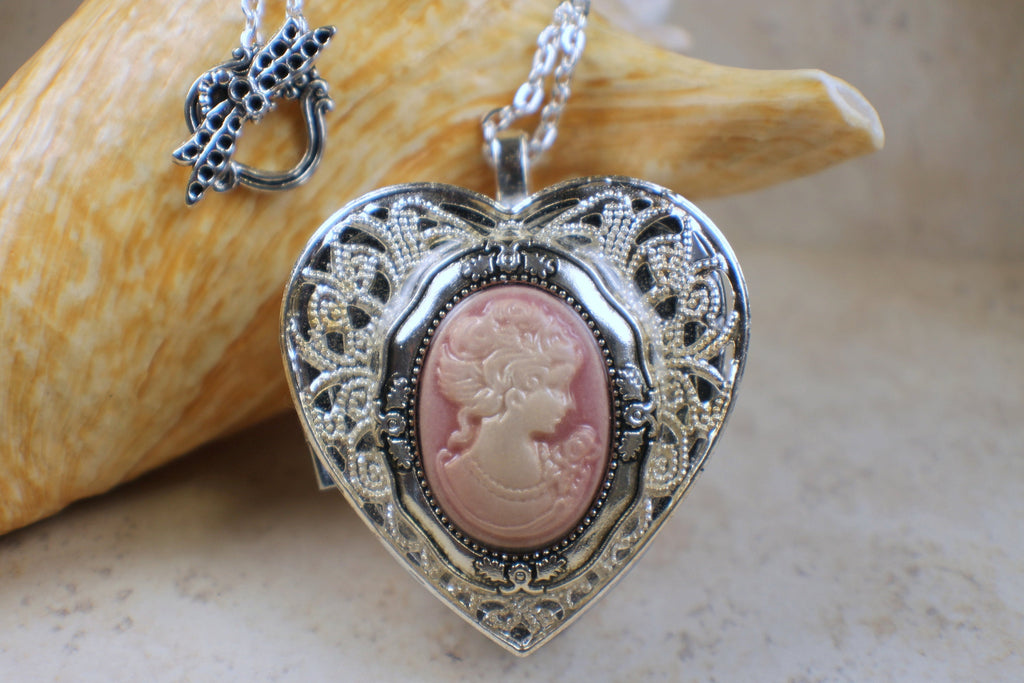Cameo  Music Box Locket