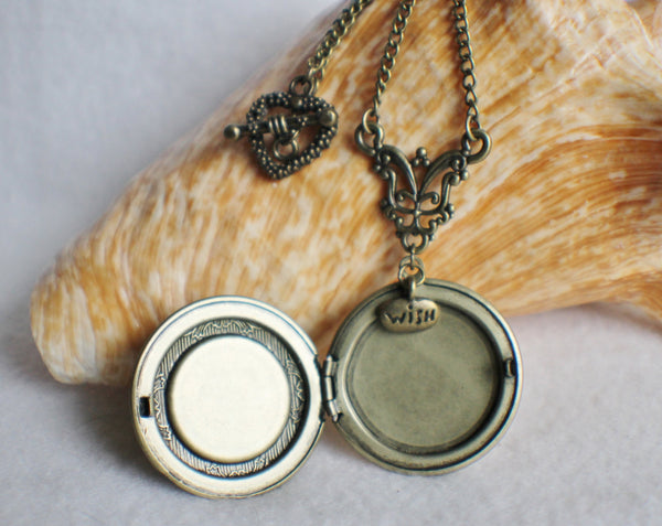 Dandelion seed round photo locket with bronze accents and wish charm. - Char's Favorite Things - 4