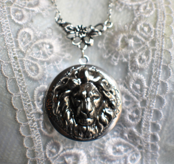 Lion photo locket, round silver tone locket with lion on front cover. - Char's Favorite Things - 3