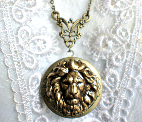 Lion photo locket, round bronze locket with lion on front cover. - Char's Favorite Things - 3