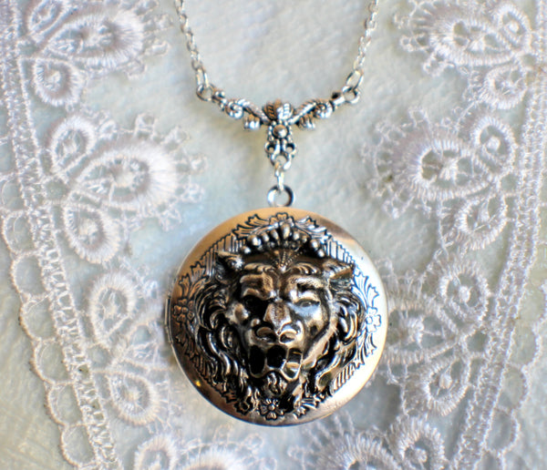 Lion photo locket, round silver tone locket with roaring lion on front cover. - Char's Favorite Things - 3