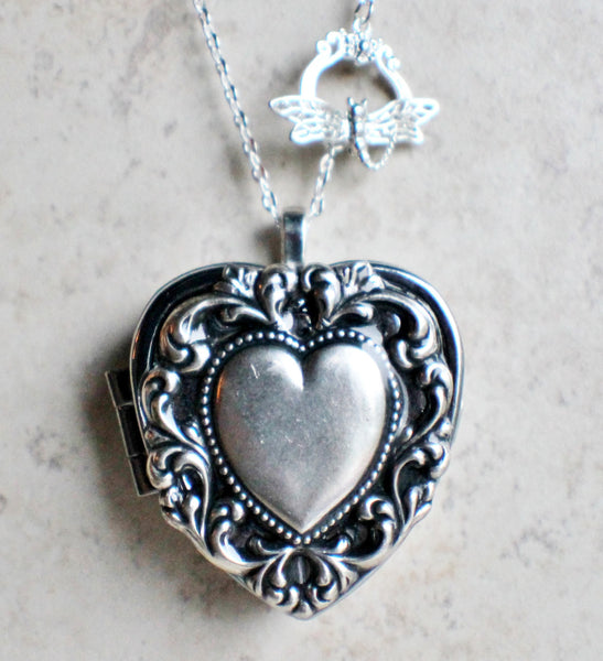 Scalloped heart music box locket, heart locket with music box inside. - Char's Favorite Things - 4