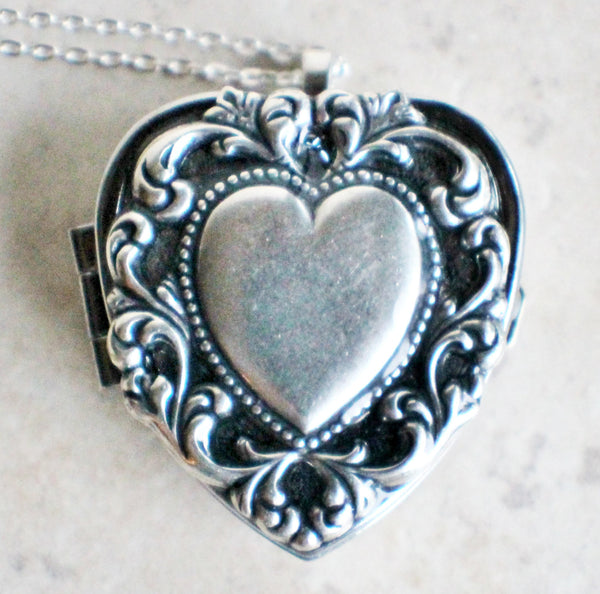 Scalloped heart music box locket, heart locket with music box inside. - Char's Favorite Things - 3