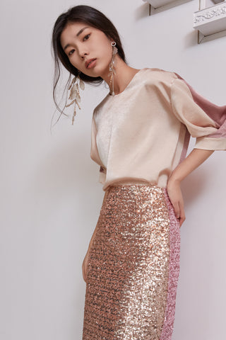 Vleeda peach half blouse and pink spangle skirt