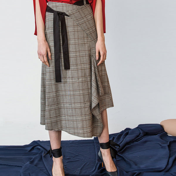 Plaid Asymmetric Skirt