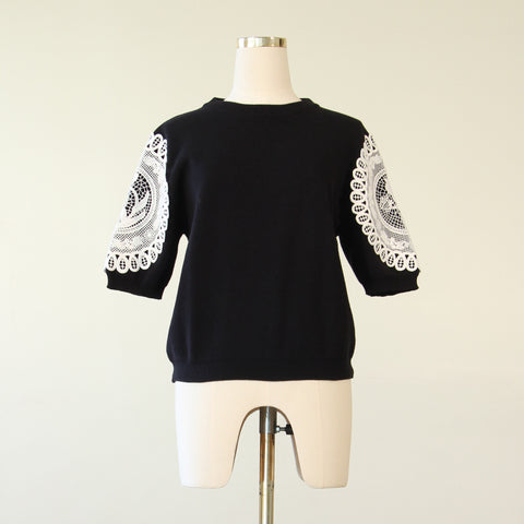 Guipere Lace Knit Blouse - Black