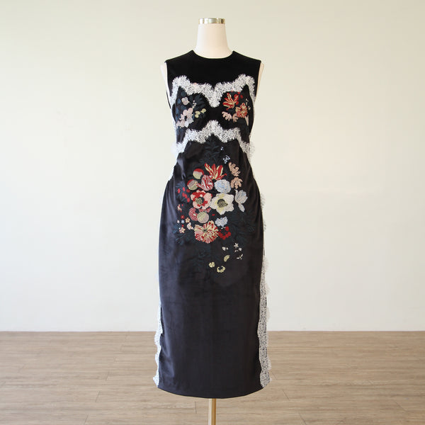 Embroided Bodycon Velvet Dress