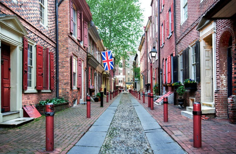 Stunning view between historic brick buildings from the Birthplace of the Nation in Philadelphia, Pennsylvania.