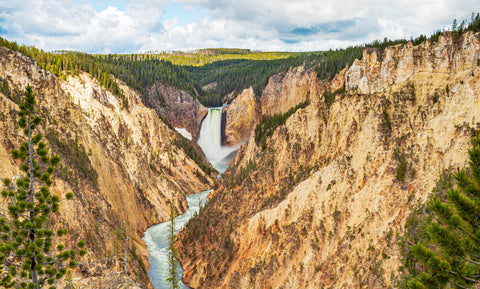 Yellowstone National Park Travel Safely During Corona
