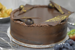 Open image in slideshow, chocolate-cake-delivery-1