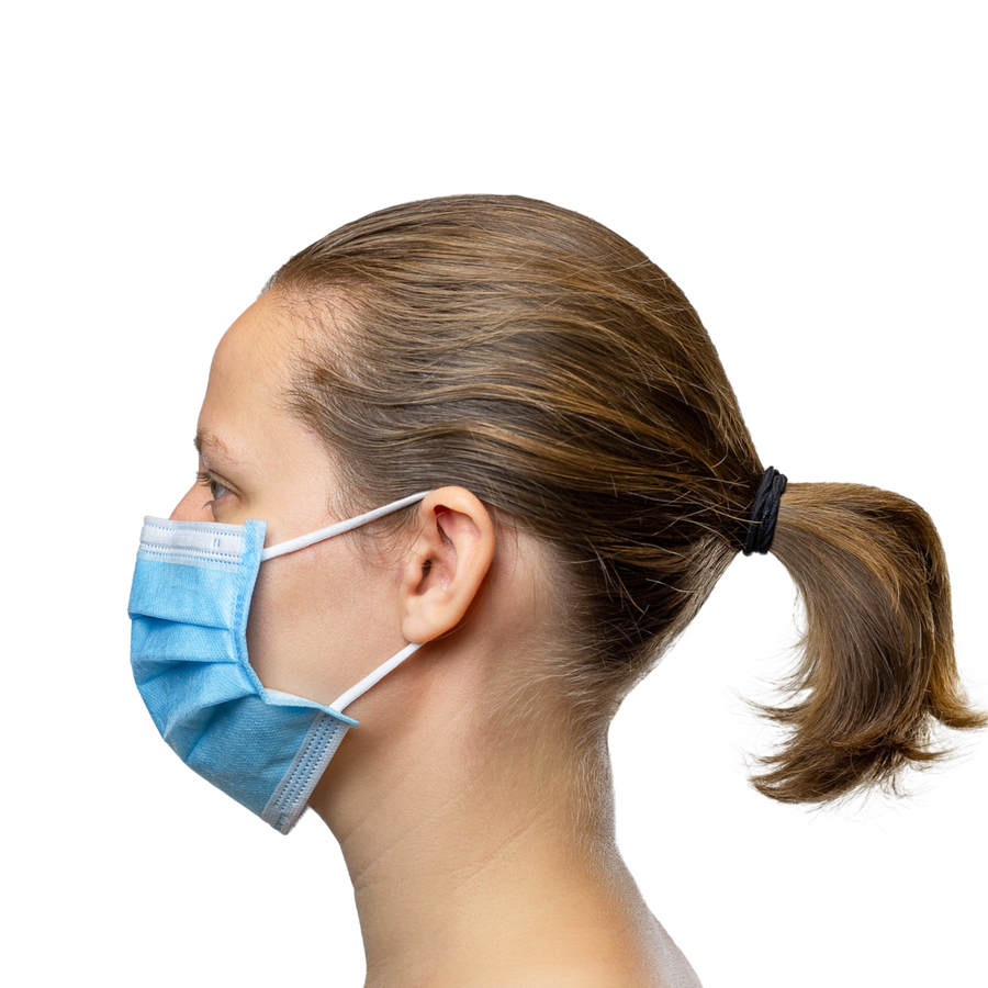 woman wearing earloop mask