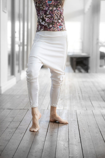 white harem pants front