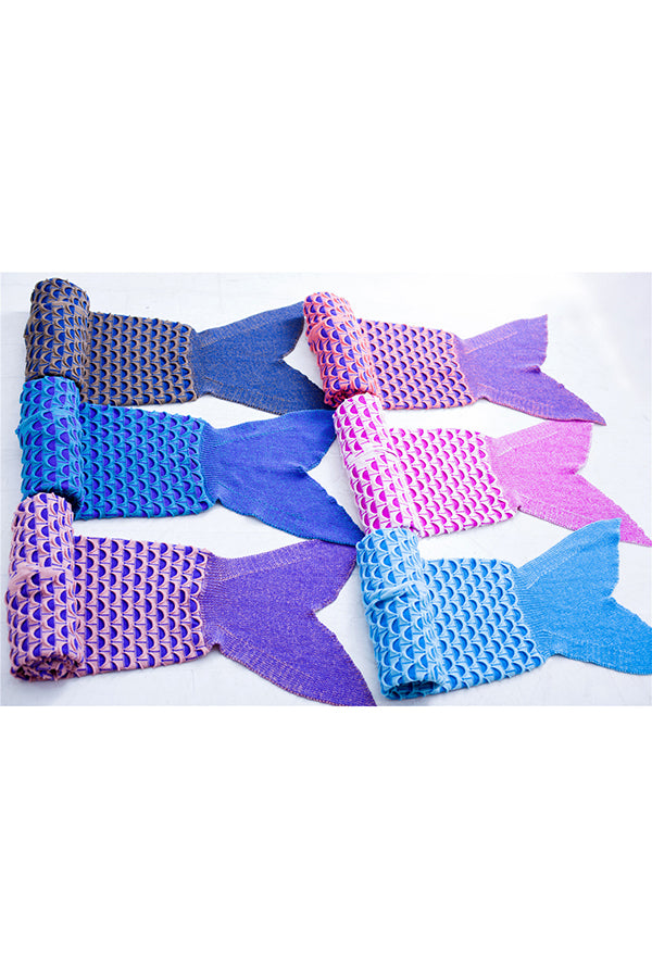 Easeful Stylish Scale Printed Mermaid Tail Blanket Blue