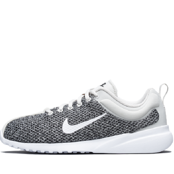 WMNS NIKE SUPERFLYTE