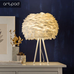 Pure White Feather Table Lamp