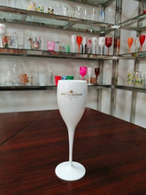 Load image into Gallery viewer, Champagne Coupes Cocktail Glasses