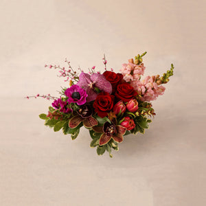 Load image into Gallery viewer, Petite Valentine's Day Flower Arrangement