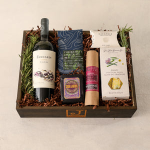 Red Wine Large Gift Box for Gift Boxes by Jardiniere Flowers, Zuccardi Malbec Red Wine The Fine Cheese Company Rosemary Crackers, Shortcreek Farms Salame Plymouth Cheese Vermont Plymouth Artisan Cheese Corporate Gifting House Warming Portsmouth New Hampshire New England Seacoast Florist Order Online for Local Delivery Products Maine New Hampshire