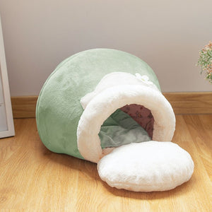 Green honey pot pet cat bed