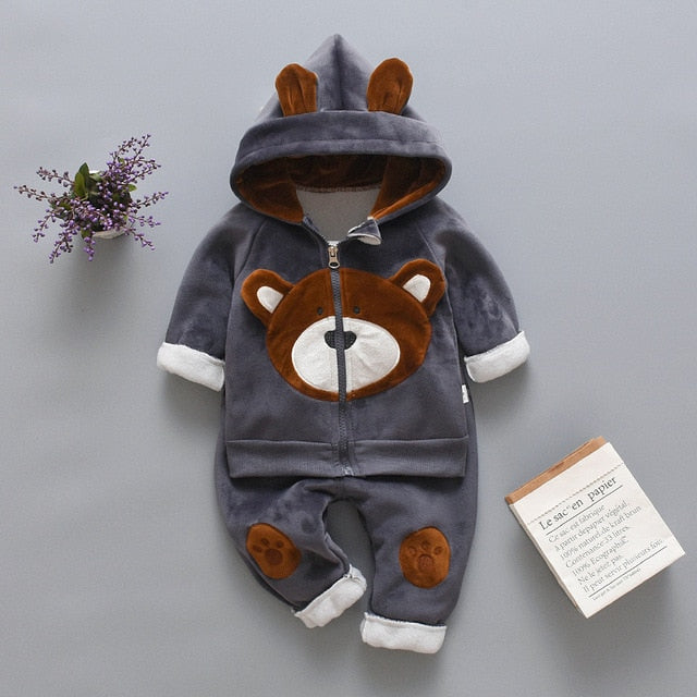 Newborn Bear Suit