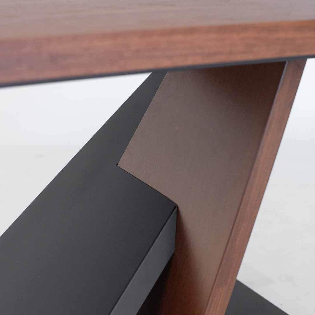 Ayten Dining Table