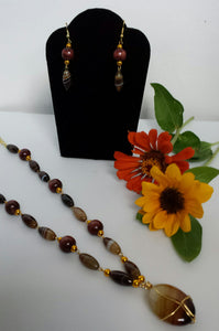 Honey Bee - D-Nadz Jewelry