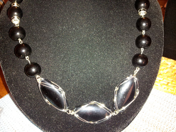 Bouncy Black - D-Nadz Jewelry