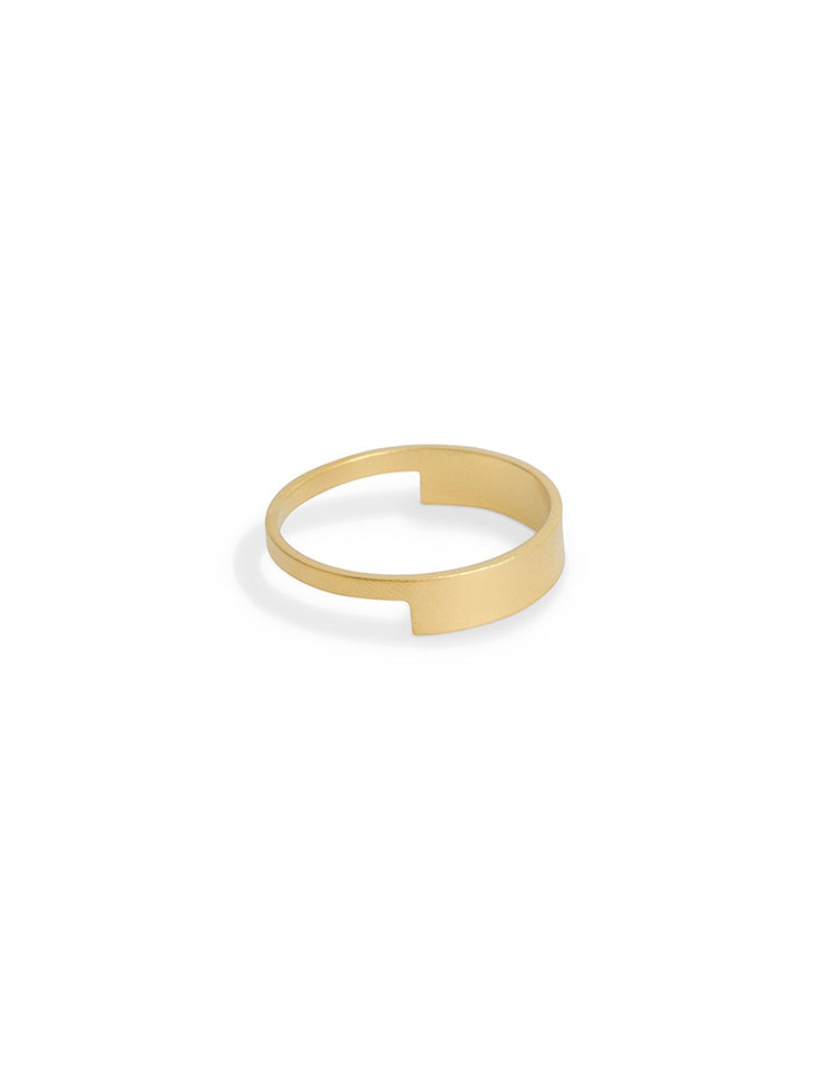 18k Gold Cut Out Wedding Ring