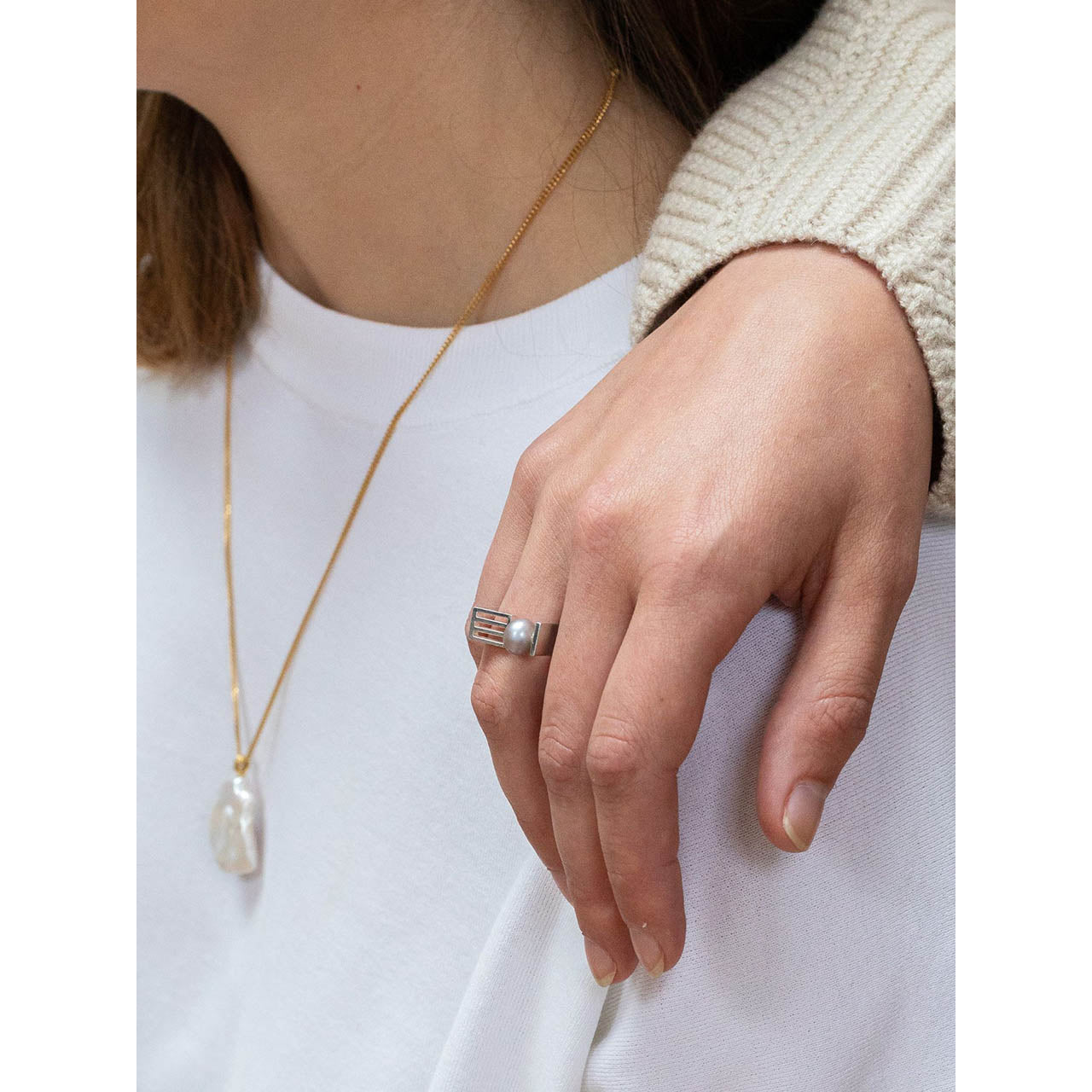 open grid pearl ring
